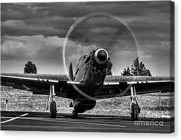 Warming Up  P-51 Canvas Print