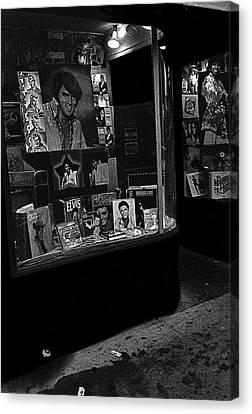 Canvas Print featuring the photograph  Window Display Night Of Elvis Presley's Death Recordland Portland Maine  1977 by David Lee Guss