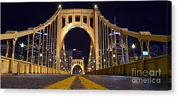0304 Roberto Clemente Bridge Pittsburgh Canvas Print