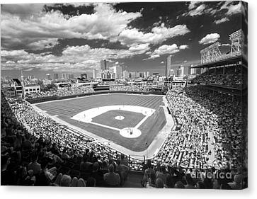 0416 Wrigley Field Chicago Canvas Print