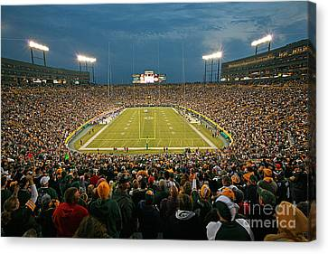 0615 Prime Time At Lambeau Field Canvas Print by Steve Sturgill