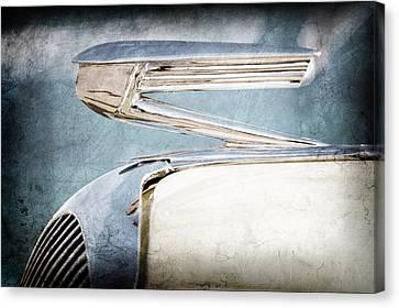 1936 Buick 40 Series Hood Ornament Canvas Print by Jill Reger