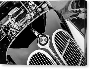 1938 Bmw 327-8 Cabriolet Grille Emblem - Engine Canvas Print