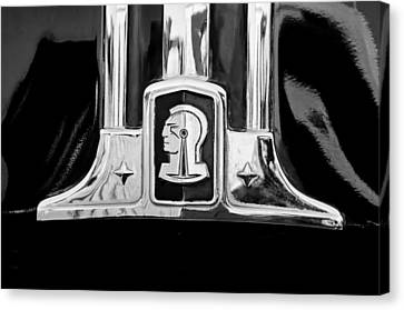 1948 Pontiac Streamliner Woodie Station Wagon Emblem Canvas Print by Jill Reger