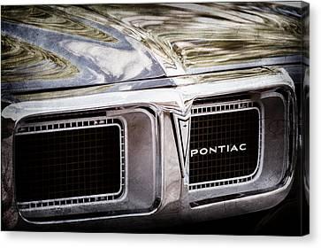 1969 Pontiac Firebird 400 Grille Emblem Canvas Print by Jill Reger