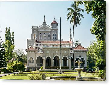 Aga Khan Palace Canvas Print