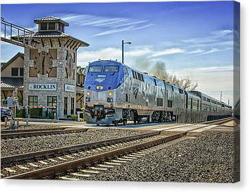 Amtrak 112 Canvas Print by Jim Thompson