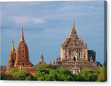 Ancient Temples And Pagodas, Bagan Canvas Print by Keren Su
