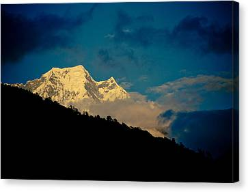 Annapurna Holy Mountain In Himalyas Canvas Print