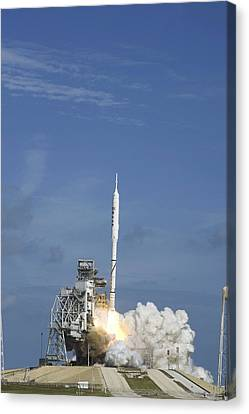 Ares I-x Test Rocket Launch Canvas Print by Science Photo Library