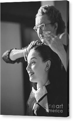 Audrey Hepburn Preparing For A Scene In Roman Holiday Canvas Print
