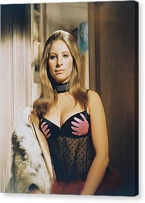 Barbra Streisand In The Owl And The Pussycat Canvas Print