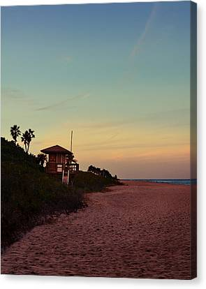 Beach Hut Canvas Print by Laura Fasulo