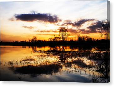 Beautiful Sunset Reflecting In A Lake Canvas Print