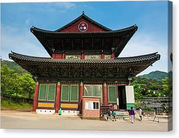 Beopjusa Temple Complex, South Korea Canvas Print by Michael Runkel