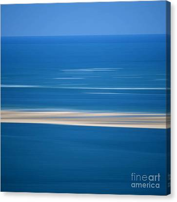 Blurred Sea Canvas Print