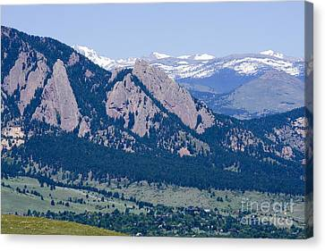 Boulder In The Summertime Canvas Print