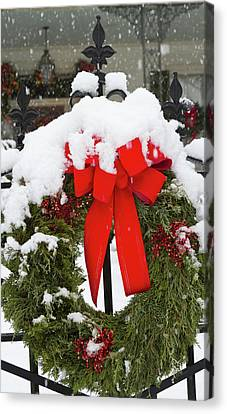Antebellum Canvas Print - Christmas Wreaths And A Rare Holiday by William Sutton
