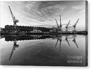Cranes On The Clyde  Canvas Print by John Farnan