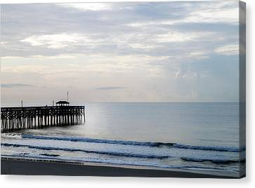 Canvas Print featuring the photograph Daybreak At Pawleys Island by Frank Bright