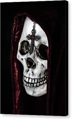 Dead Knight Canvas Print by Joana Kruse