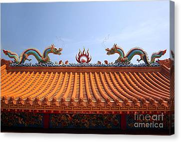Decorated Chinese Temple Roof Canvas Print by Yali Shi