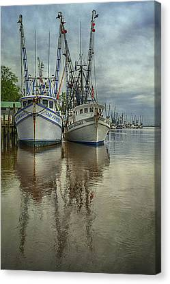 Canvas Print featuring the photograph Docked by Priscilla Burgers