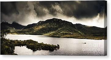 Dramatic Tasmania Landscape Of Cradle Mountain Canvas Print