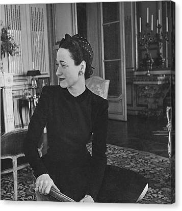 Duchess Of Windsor In Her Paris Home Canvas Print by Horst P. Horst