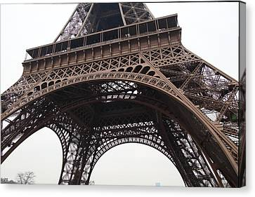 Eiffel Tower - Paris France - 01133 Canvas Print