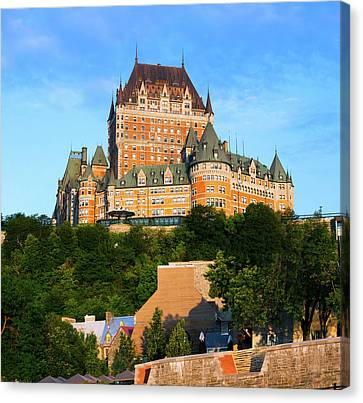 Facade Of Chateau Frontenac In Lower Canvas Print