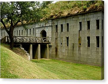 Fort Warren George's Island Canvas Print by Gail Maloney