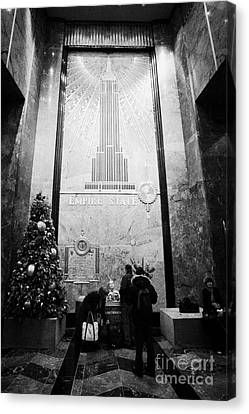 Foyer Of The Empire State Building New York City Usa Canvas Print by Joe Fox