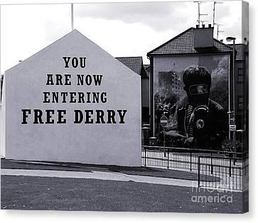 Free Derry Corner 7 Canvas Print