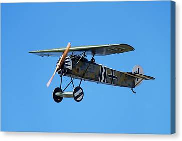 German Wwi Fokker D-8 Fighter Plane Canvas Print by David Wall