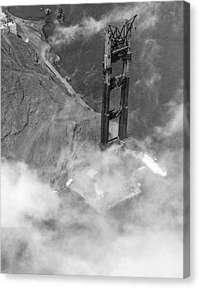Ggb Tower Under Construction Canvas Print