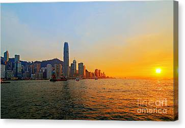 Golden Sunset In Hong Kong Canvas Print by Lars Ruecker