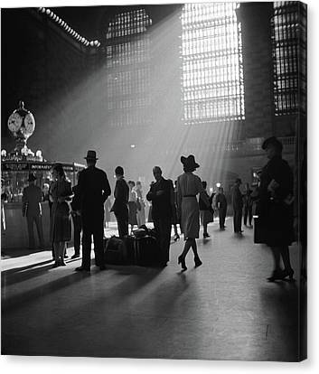 Collier Canvas Print - Grand Central Station, 1941 by Granger