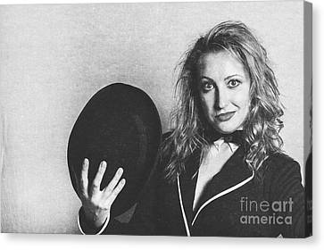 Grunge Photo Of Female Cabaret Performer Canvas Print