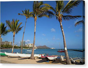 Hilton Lagoon, Waikiki, Honolulu, Oahu Canvas Print by Douglas Peebles