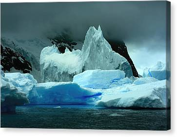 Canvas Print featuring the photograph Iceberg by Amanda Stadther