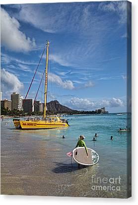 Idyllic Waikiki Beach Canvas Print