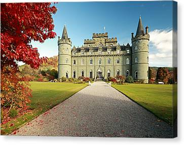 Inveraray Castle Canvas Print by Grant Glendinning