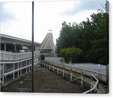Kings Dominion - Rebel Yell - 12121 Canvas Print by DC Photographer