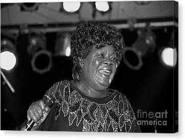 Queen Canvas Print - Singer Koko Taylor by Concert Photos
