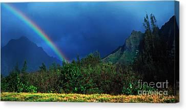 Koolau Mountains And Rainbow Canvas Print by Thomas R Fletcher