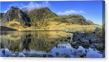 Lake Idwal Canvas Print by Ian Mitchell