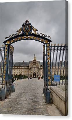Les Invalides - Paris France - 01138 Canvas Print by DC Photographer