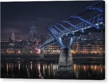 Cupola Canvas Print - London by Adhemar Duro