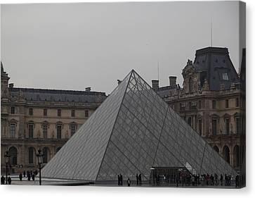 Louvre - Paris France - 01133 Canvas Print by DC Photographer